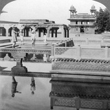 Court of the Mogul Emperor's Palace, Fatehpur Sikri, India, 1904 Photographic Print by  Underwood & Underwood