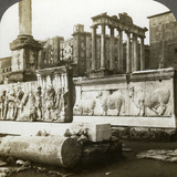 Bas Reliefs of Trajan and Column of Phocas in the Forum, Rome, Italy Photographic Print by  Underwood & Underwood