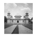 Itmad-Ud-Daulah's Tomb, Agra, India, Early 20th Century Giclee Print by  H & Son Hands