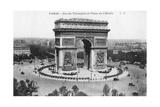 Arc De Triomphe and Place De L'Etoile, Paris, France, Early 20th Century Giclee Print