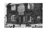 The Plough Inn, Kenilworth, Warwickshire, 1937 Giclee Print