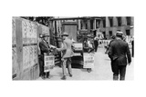 The Lunchtime Newspaper Paper Headlines, Trafalgar Square, London, 1926-1927 Giclee Print