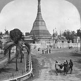 Sule Pagoda from Pagoda Street, Rangoon, Burma, 1908 Papier Photo