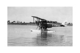 Alan Cobham's De Havilland Dh50 Landing on the Tigris, Iraq, 1926 Giclee Print