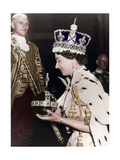 Queen Elizabeth II Returning to Buckingham Palace after Her Coronation, 1953 Giclee Print