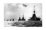 Dreadnoughts and Hydroplane, British Grand Fleet, North Sea, First World War, 1914 Giclee Print