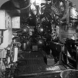 Four Torpedo Tubes in the Forward Compartment of a German U-Boat, World War I, 1918 Stampa fotografica