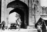 1930 Cadillac Saloon Beneath the Amber Gate, Jaipur, India, (C193) Photographic Print