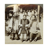 A Group of Women in the Courtyard of a Wealthy Chinese House, Peking, China, 1902 Giclee Print by  Underwood & Underwood