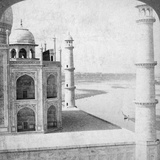 Looking North-West from the Taj Mahal Up the Jumna River to Agra, India, 1903 Papier Photo par  Underwood & Underwood