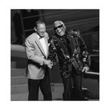 "Henri Salvador and Ray Charles at the ""Victoires De La Musique"", France Fotografie-Druck von  DR"