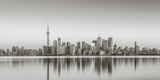 Canada, Ontario, Toronto, View of Cn Tower and City Skyline Reproduction photographique par Jane Sweeney