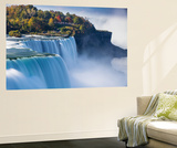 Canada and USA, Ontario and New York State, Niagara, Niagara Falls, the American and Canadian Falls Fototapete von Jane Sweeney