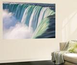 Canada, Ontario, Niagara, Niagara Falls, View of Table Rock Visitor Center and Horseshoe Falls Fototapete von Jane Sweeney
