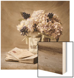Estate Hydrangeas Wood Print by Cristin Atria