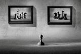The Choice to Make Fotografisk tryk af Victoria Ivanova