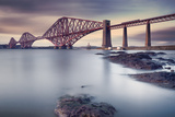 Forth Rail Bridge Fotodruck von Martin Vlasko