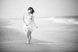A Walk on the Beach Lámina fotográfica por  Jae