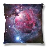La nebulosa de Orión Throw Pillow por Stocktrek Images
