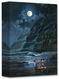 Moonlit Portrait Edición limitada en lienzo por Rodel Gonzalez