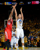 Houston Rockets v Golden State Warriors - Game One Photo by Andrew D Bernstein