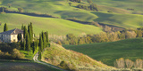 Italy, Tuscany, San Quirico Dorcia. Il Belvedere House Fotografisk tryk af Julie Eggers