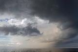 Storm Clouds over the Atlantic Ocean Fotografisk trykk av Susan Degginger