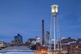 North Carolina, Durham, American Tobacco and City Center Complex, Dusk Fotografisk tryk af Walter Bibikow