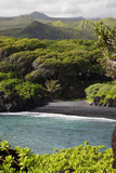 Hawaii, Maui, Hana, the Black Sand Beach of Waianapanapa Reproduction photographique par  Design Pics Inc