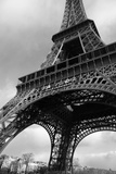 Paris, France; Low Angle View of the Eiffel Tower Stampa fotografica di  Design Pics Inc