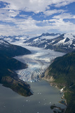 Aerial View of Mendenhall Glacier Winding its Way Down from the Juneau Icefield to Mendenhall Lake Fotografisk tryk af  Design Pics Inc