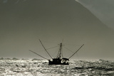 Silhouetted Salmon Troller Fishing Off Icy Point, Gulf of Alaska During Mid-Summer Fotoprint van  Design Pics Inc