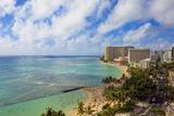 Hawaii, Oahu, Waikiki, View of the Pacific Ocean, Waikiki Beach, and Famous Hotels Papier Photo par  Design Pics Inc