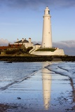 Lighthouse; Whitley Bay, Northumberland, England Photographic Print by  Design Pics Inc
