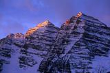 Winter Sunrise at Maroon Bells, Colorado Photographic Print by Keith Ladzinski