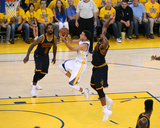 2015 NBA Finals - Game Five Photo af Garrett Ellwood