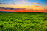 Sunset over the Kansas Flint Hills Fotodruck von  tomofbluesprings