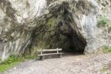 Seat in Front of A Cave Fotografisk trykk av  Risto0