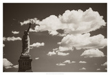 Liberty in the Clouds Impression giclée par John Brooknam