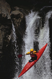 Kayaking over a Waterfall Reproduction photographique par  DLILLC