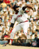 Luis Tiant - Pitching Photo