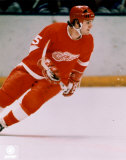 Marcel Dionne (Red Wings) - Action Photo