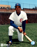 Billy Williams - Kneeling with bat Photo