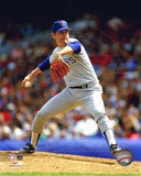 Nolan Ryan - Rangers - Pitching blue uniform Photo