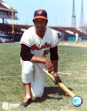 Frank Robinson - Orioles - Kneeling with bat Photo