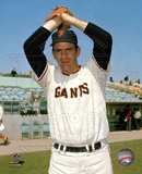 Gaylord Perry - Giants - Ball in glove over head Photo