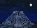 Pyramid of the Magician at Night Reproduction photographique par Robert Landau