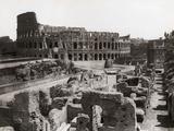 Roman Colosseum and Surrounding Ruins Fotodruck von  Bettmann
