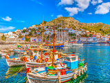 Fishing Boats in the Port of Hydra Island in Greece. HDR Lámina fotográfica por imagIN photography