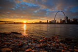 View of the Gateway Arch - St Louis, Missouri Lámina fotográfica por  EvanTravels